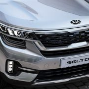 ngoai-that-kia-seltos-kia-pop-seltos-sp2i-20my-exterior-02-wjpg