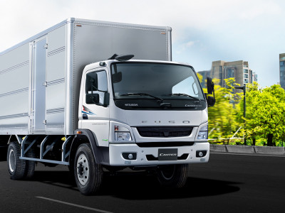 Xe tải MITSUBISHI FUSO CANTER 10.4 EURO4 2019 (Thùng dài 5,9m)